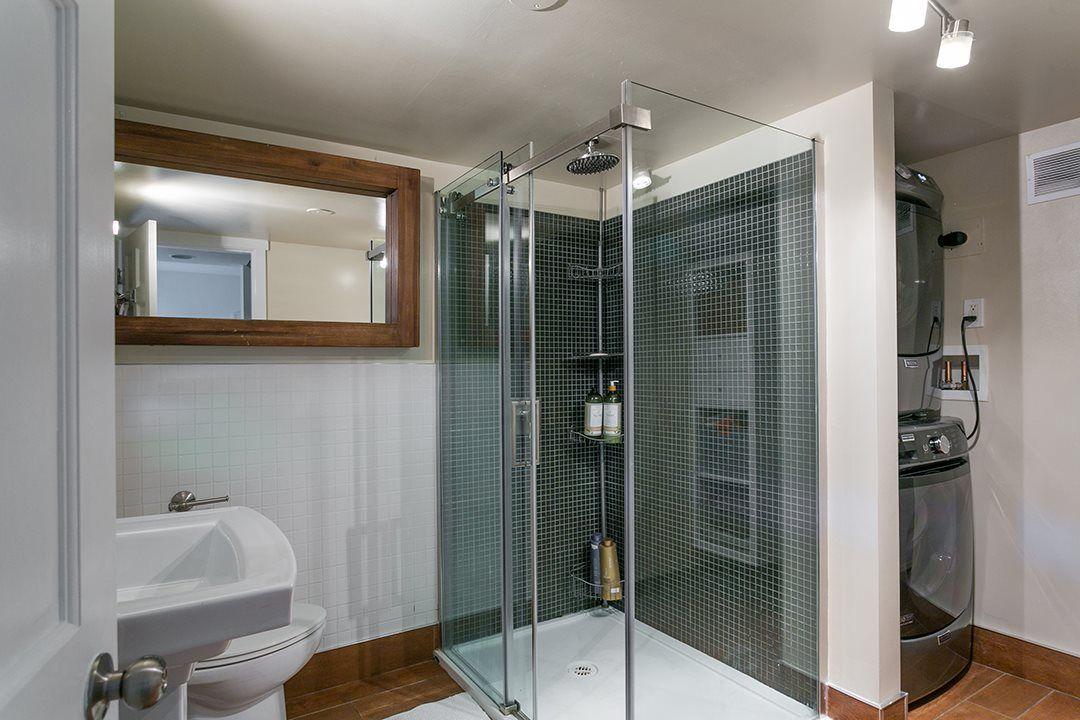 Photo 14: Photos: 3049 ELIZABETH WAY in North Vancouver: Capilano NV House for sale : MLS®# R2400055