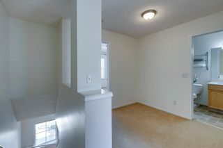 Photo 21: 280 Mckenzie Towne Link SE in Calgary: McKenzie Towne Row/Townhouse for sale : MLS®# A1119936