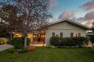 Photo 1: 3311 Underhill Drive NW in Calgary: University Heights Detached for sale : MLS®# A1073346