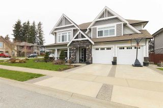 "Photo 2: 34453 MARCLIFFE Place in Abbotsford: Abbotsford East House for sale in ""THE QUARRY"" : MLS®# R2157137"