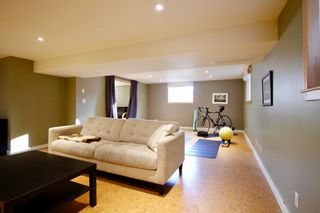 Photo 23: 915 40 Avenue NW in Calgary: Cambrian Heights Detached for sale : MLS®# A1050845