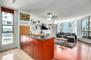 """Photo 2: 701 1333 HORNBY Street in Vancouver: Downtown VW Condo for sale in """"ARCHOR POINT"""" (Vancouver West)  : MLS®# R2589861"""