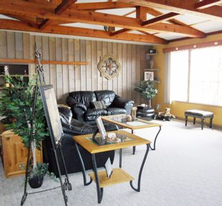 Photo 5: 510 2 Street Crest.: Wainwright House for sale (MD of Wainwright)  : MLS®# A1078621
