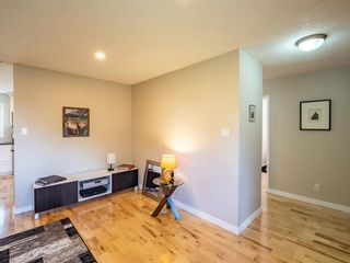 Photo 5: 6044 4 Street NE in Calgary: Thorncliffe Detached for sale : MLS®# A1144171
