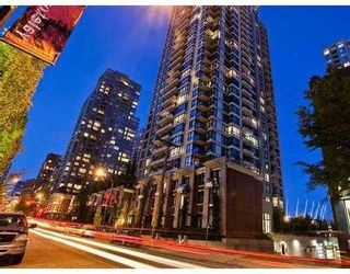 Photo 7: 1906 928 HOMER Street: Yaletown Home for sale ()  : MLS®# V956710
