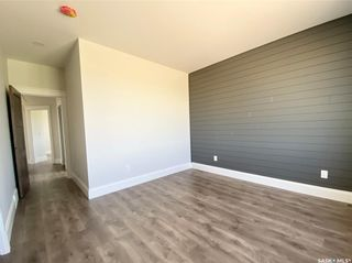 Photo 26: 818 Conquest Avenue in Outlook: Residential for sale : MLS®# SK860876