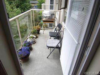 Photo 3: 410 1715 richmond Ave in VICTORIA: Vi Jubilee Condo for sale (Victoria)  : MLS®# 703475