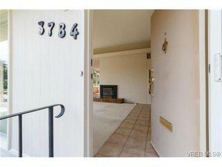 Photo 5: 3784 Mystic Lane in VICTORIA: SE Cadboro Bay House for sale (Saanich East)  : MLS®# 701554