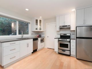 Photo 16: 1 6755 Wallace Dr in : CS Brentwood Bay House for sale (Central Saanich)  : MLS®# 863832