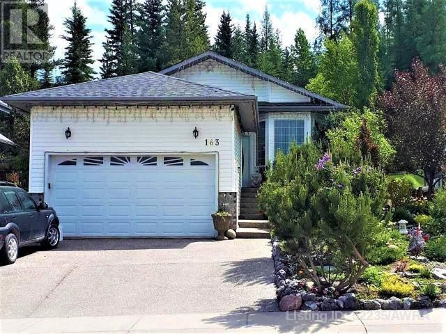 FEATURED LISTING: 163 SITAR CRES Hinton