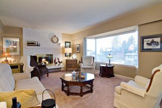 Photo 6: 415 TRINITY Street in Coquitlam: Central Coquitlam House for sale : MLS®# R2043356