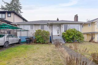 Photo 1: 5709 BOOTH Avenue in Burnaby: Forest Glen BS House for sale (Burnaby South)  : MLS®# R2540838