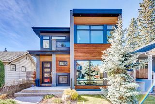 Photo 2: 719 4A Street NW in Calgary: Sunnyside Detached for sale : MLS®# A1153937