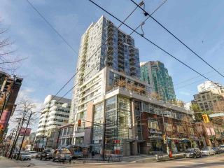 """Photo 11: 605 821 CAMBIE Street in Vancouver: Downtown VW Condo for sale in """"Raffles on Robson"""" (Vancouver West)  : MLS®# R2450056"""