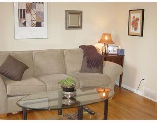 """Photo 2: 508 CARDIFF Way in Port_Moody: College Park PM Townhouse for sale in """"EASTHILL"""" (Port Moody)  : MLS®# V658972"""