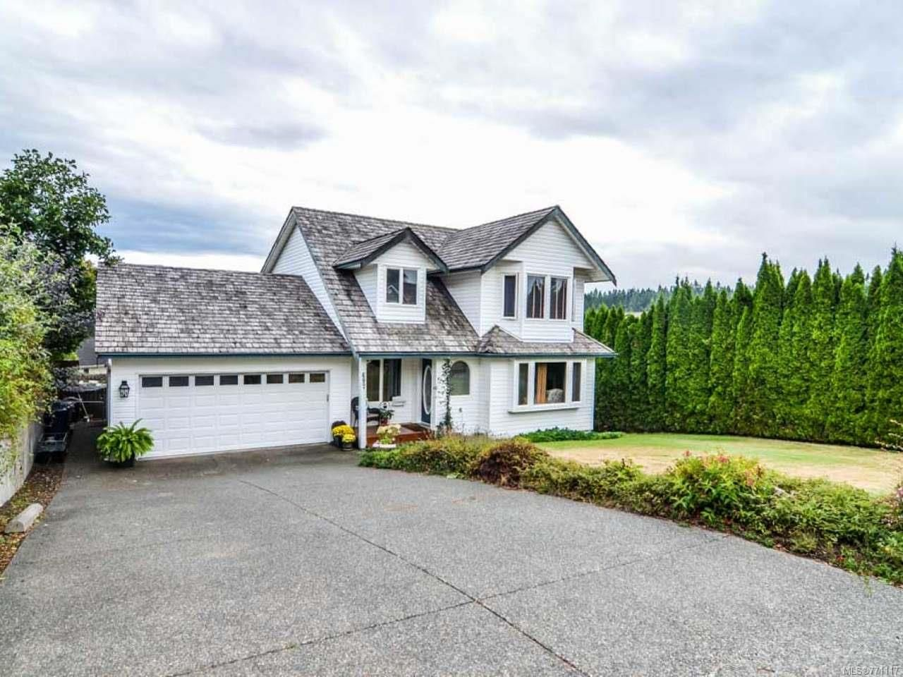 Photo 1: Photos: 697 Steenbuck Dr in CAMPBELL RIVER: CR Campbell River Central House for sale (Campbell River)  : MLS®# 771117