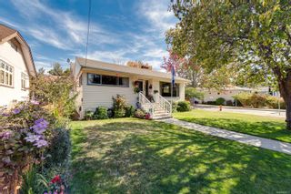 Photo 3: 1907 Stanley Ave in : Vi Fernwood House for sale (Victoria)  : MLS®# 886072