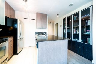 """Photo 9: 2802 909 MAINLAND Street in Vancouver: Yaletown Condo for sale in """"Yaletown Park II"""" (Vancouver West)  : MLS®# R2505728"""