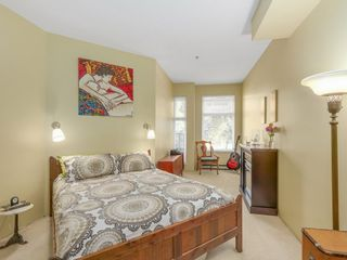 """Photo 6: 207 1924 COMOX Street in Vancouver: West End VW Condo for sale in """"WINDGATE BY THE PARK"""" (Vancouver West)  : MLS®# R2109767"""