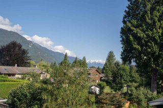 "Photo 24: 2191 READ Crescent in Squamish: Garibaldi Highlands House for sale in ""GARIBALDI ESTATES"" : MLS®# R2473735"