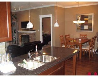 "Photo 10: 208 33338 MAYFAIR Avenue in Abbotsford: Central Abbotsford Condo for sale in ""The Sterling"" : MLS®# F2823530"