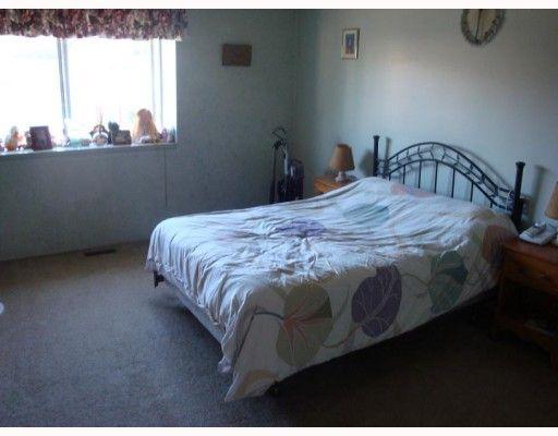 Photo 4: Photos: 20207 STANTON Avenue in Maple_Ridge: Southwest Maple Ridge House for sale (Maple Ridge)  : MLS®# V779045