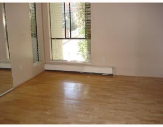 """Photo 7: 204 1830 ALBERNI Street in Vancouver: West End VW Condo for sale in """"GARDEN COURT"""" (Vancouver West)  : MLS®# V663574"""