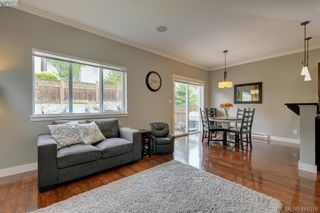 Photo 4: 1218 Parkdale Creek Gdns in VICTORIA: La Westhills House for sale (Langford)  : MLS®# 814828