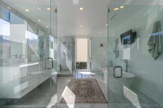 Photo 52: LA JOLLA House for sale : 5 bedrooms : 7713 Esterel Drive