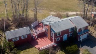 Photo 1: 19 Osprey Lane in Second Peninsula: 405-Lunenburg County Residential for sale (South Shore)  : MLS®# 202108663