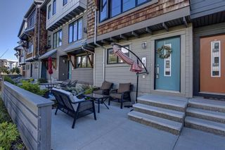 Photo 3: 13 Walden SE in Calgary: Walden Row/Townhouse for sale : MLS®# A1146775
