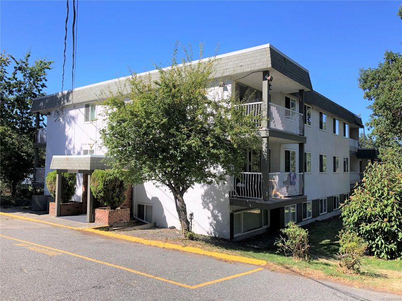FEATURED LISTING: 3101 - 995 Bowen Rd