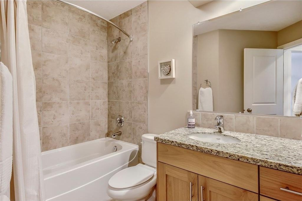Photo 33: Photos: 3909 19 Street SW in Calgary: Altadore House for sale : MLS®# C4122880
