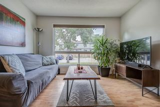 Photo 19: 71 5625 Silverdale Drive NW in Calgary: Silver Springs Row/Townhouse for sale : MLS®# A1142197