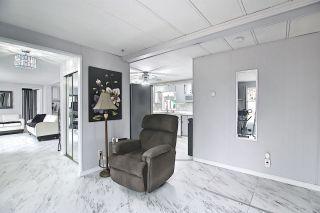 Photo 9: 8 QUARRY Crescent in Edmonton: Zone 42 Mobile for sale : MLS®# E4236380