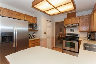 """Photo 8: 18589 62 Avenue in Surrey: Cloverdale BC House for sale in """"Eaglecrest"""" (Cloverdale)  : MLS®# R2208241"""