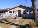 Main Photo: 228 Windermere Road SW in Calgary: Wildwood Detached for sale : MLS®# A1104951