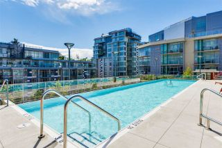 "Photo 14: 703 38 W 1ST Avenue in Vancouver: False Creek Condo for sale in ""THE ONE BY PINNACLE"" (Vancouver West)  : MLS®# R2091565"