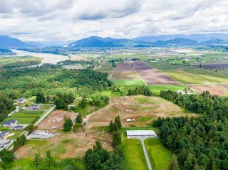 Photo 11: 31050 HARRIS Road in Abbotsford: Bradner House for sale : MLS®# R2588526