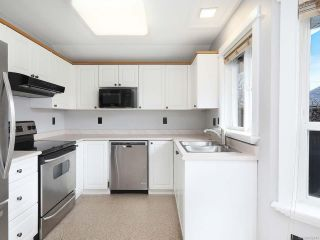 Photo 2: B 2440 1st St in COURTENAY: CV Courtenay City Half Duplex for sale (Comox Valley)  : MLS®# 832441