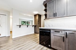 Photo 10: 2728 Cedarbrae Drive SW in Calgary: Cedarbrae Detached for sale : MLS®# A1041072