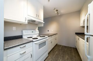 Photo 5: 215 10404 24 Avenue in Edmonton: Zone 16 Carriage for sale : MLS®# E4231349