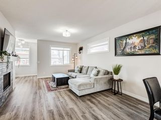 Photo 10: 35 Wolf Hollow Way in Calgary: C-281 Detached for sale : MLS®# A1083895