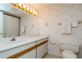 """Photo 14: 703 21937 48TH Avenue in Langley: Murrayville Townhouse for sale in """"ORANGEWOOD"""" : MLS®# R2077665"""