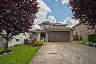 Photo 1: 8387 MILLER Crescent in Mission: Mission BC House for sale : MLS®# R2081797