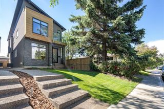 Photo 2: 505 37 Street SW in Calgary: Spruce Cliff Detached for sale : MLS®# A1129989
