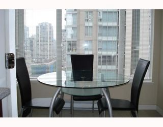 """Photo 9: 1003 1001 RICHARDS Street in Vancouver: Downtown VW Condo for sale in """"MIRO"""" (Vancouver West)  : MLS®# V738446"""