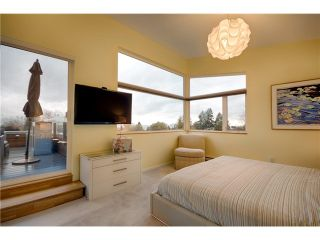 Photo 9: 1040 GRAND BV in North Vancouver: Boulevard House for sale : MLS®# V1067780