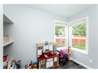 """Photo 16: 35443 LETHBRIDGE Drive in Abbotsford: Abbotsford East House for sale in """"Sandyhill"""" : MLS®# R2378218"""