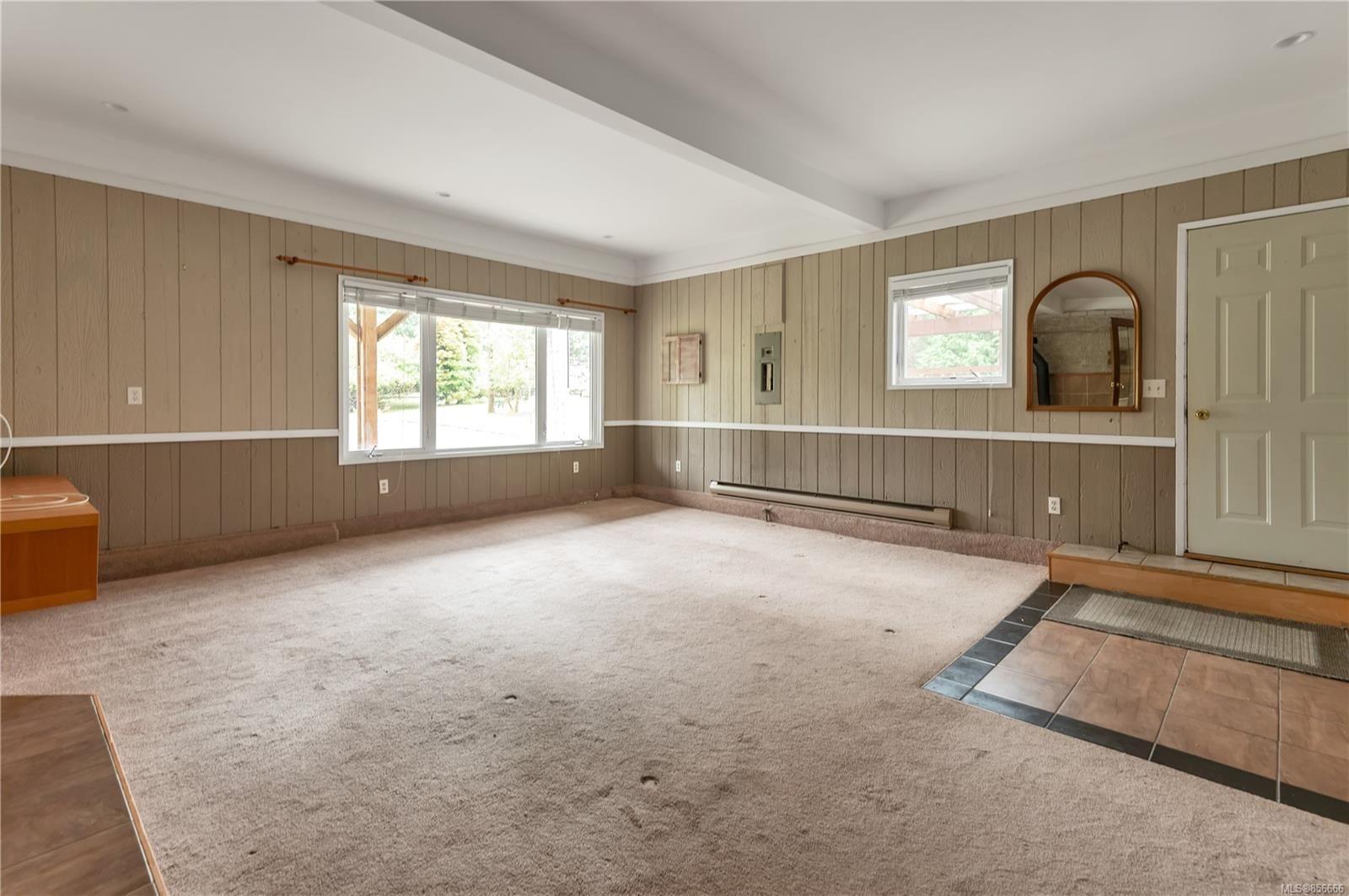 Photo 22: Photos: 2468 Oakes Rd in : CV Merville Black Creek House for sale (Comox Valley)  : MLS®# 856666